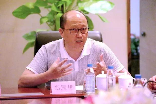 大型中医药电视纪录片《悬壶岭南》召开审片座谈会